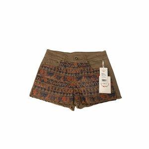 NWT BNCI Dakota Grace Denim Aztec Midi Shorts 28